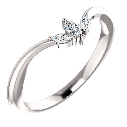 14kt Gold Marquise Diamond V-Ring