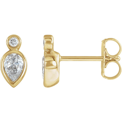 14kt Gold Pear Shape Diamond Stud Earrings