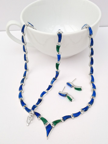 Set Lapislazuli and malachite £190