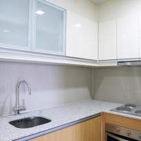 Kitchen with 4-burner cooktop