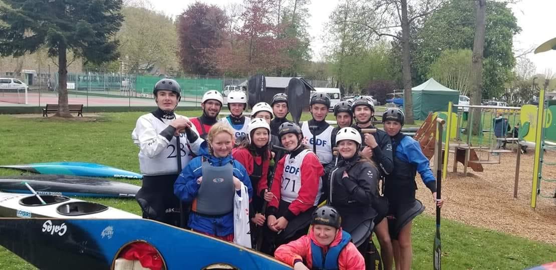 équipe_slalom_du_club_de_Val_de_Reuil_pa