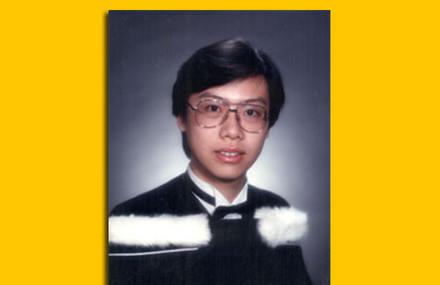 多倫多大學畢業時的老貓