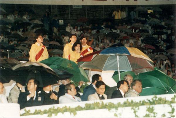 獻唱@大球場葛培理佈道會 1990