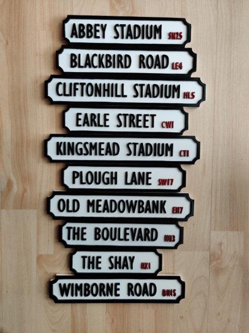 Track road sign