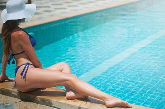Bikinis women a.jpeg