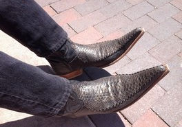best selling cowboy boots in the world