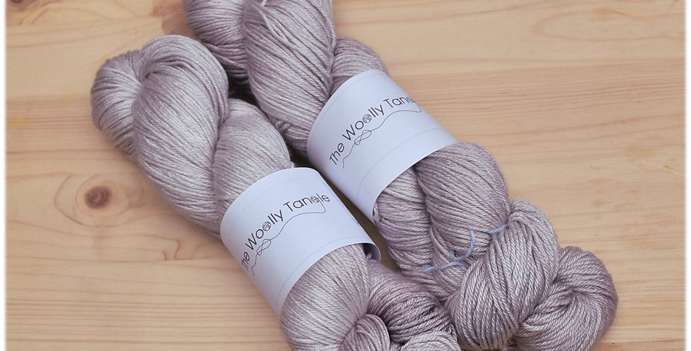 Dove - 4 ply merino silk yarn