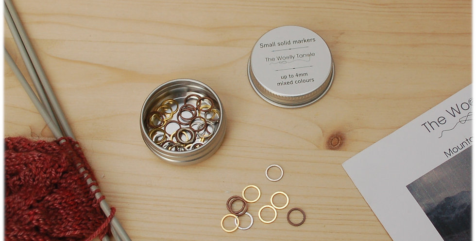 Tin of solid stitch markers - small simple