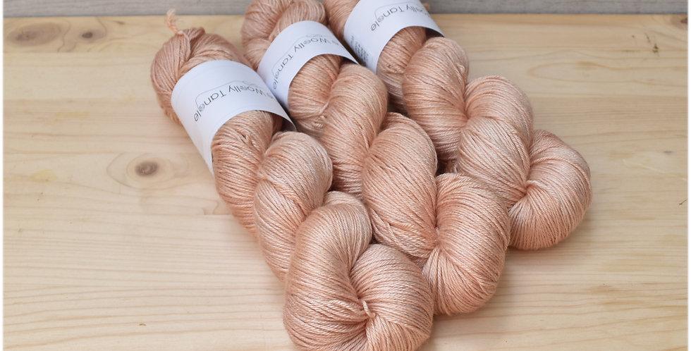 Old rose - 4 ply merino silk yarn