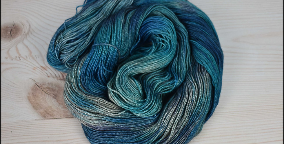 Proud peacock - merino yak silk yarn