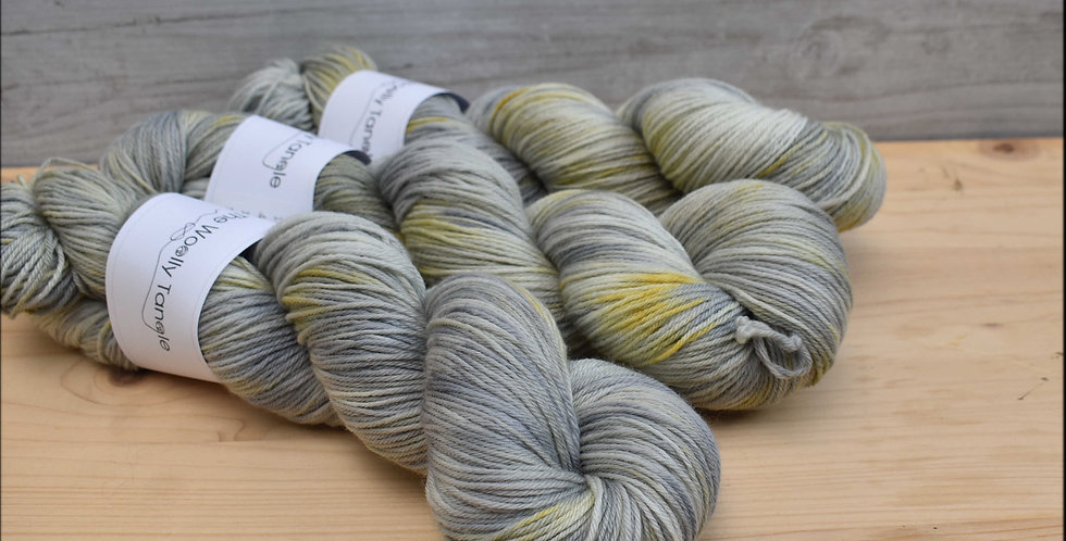 Silver birch - 4ply falklands merino