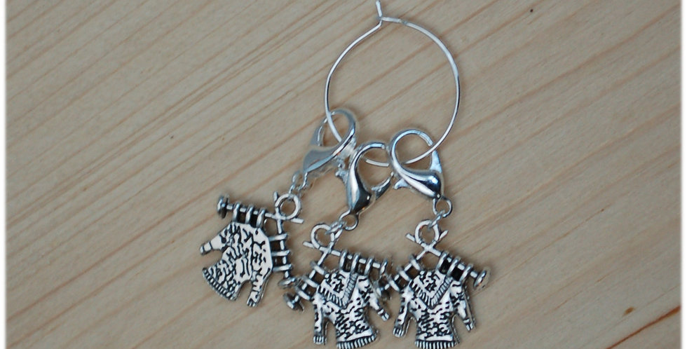 Removable crochet stitch markers sweaters