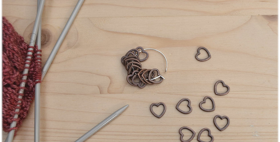 Small solid stitch markers- red copper hearts