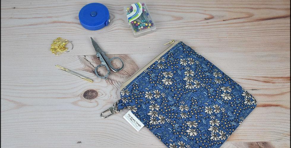 Notions pouch - blue floral