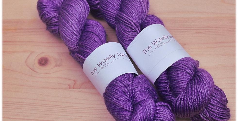 Clematis - DK merino silk yarn