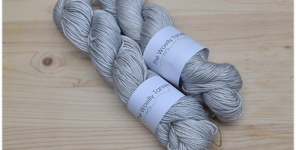 Oyster - DK merino silk yarn