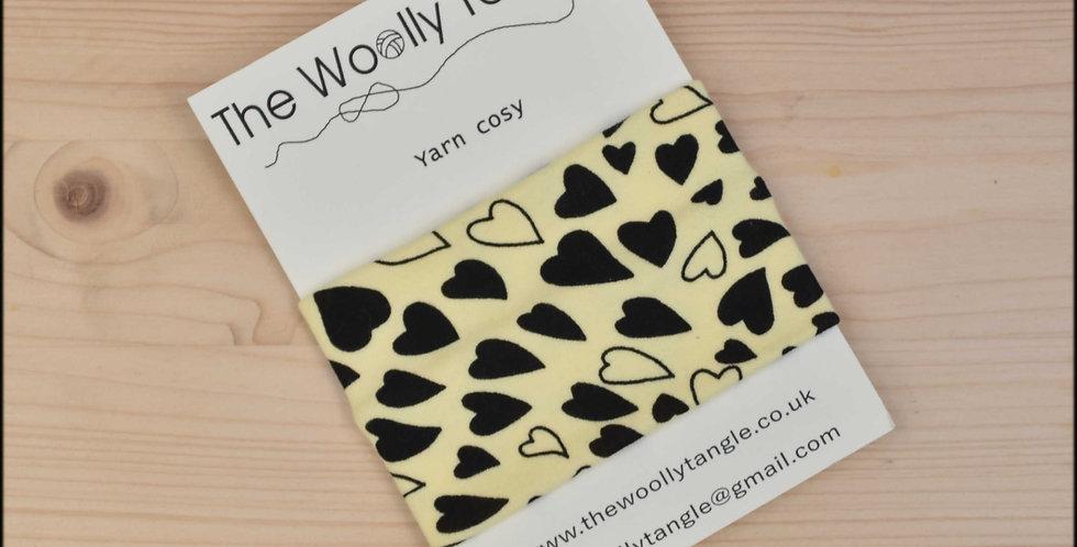 Yarn cosy - lemon hearts