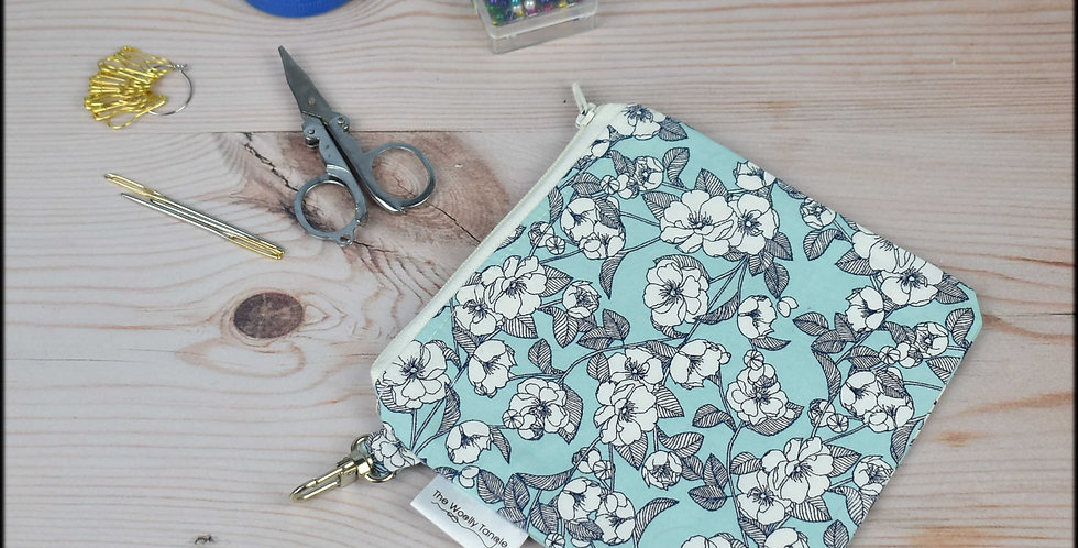 Notions pouch - roses