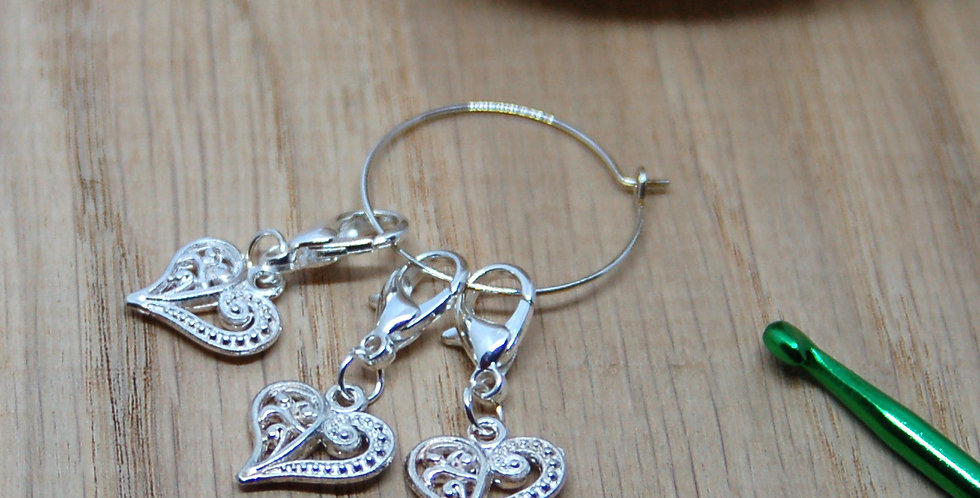 Removable crochet stitch markers - hearts