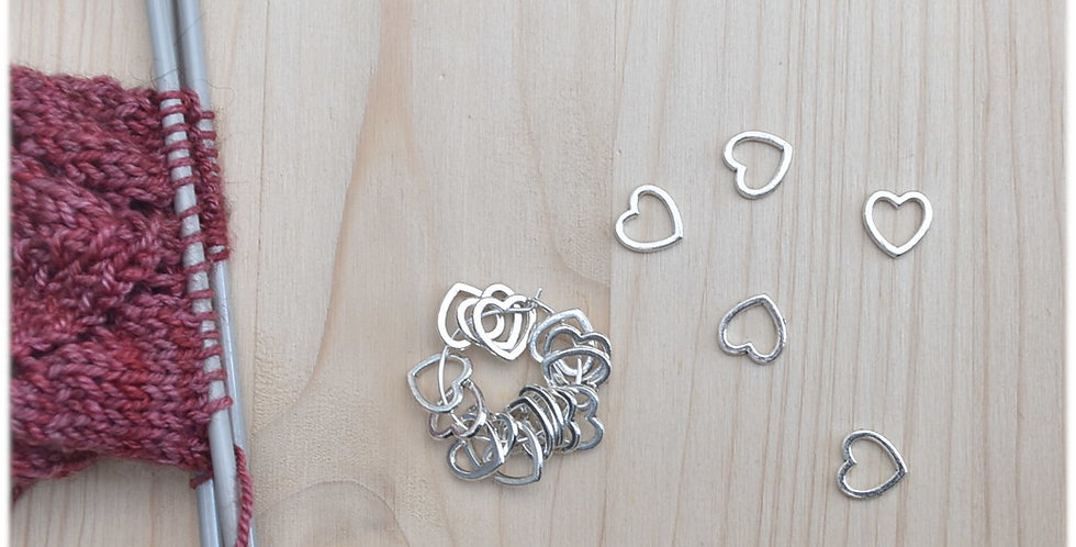 Small solid stitch markers- silver hearts