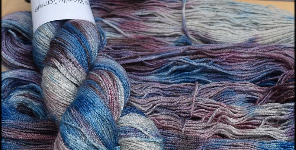 Hydrangea - poldale silk 4 ply
