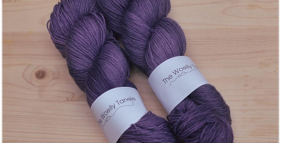 Damson - 4ply merino bamboo yarn
