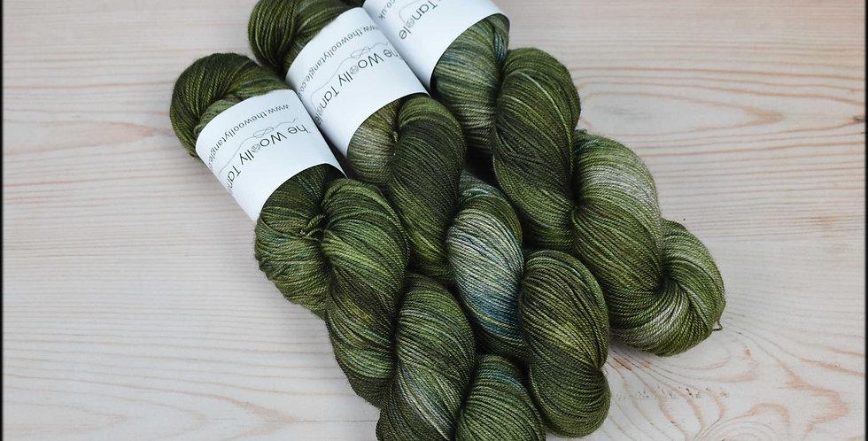 Mossy walls - merino yak silk yarn