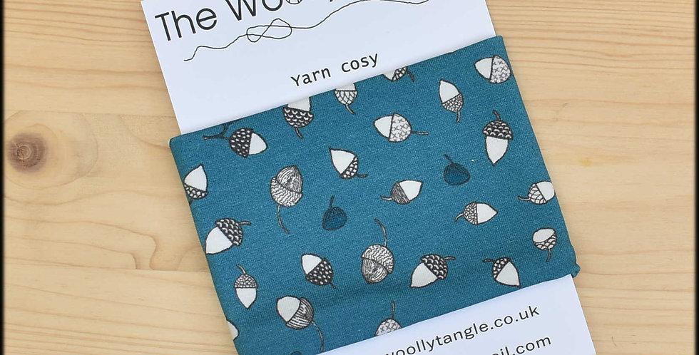 Yarn cosy - acorns