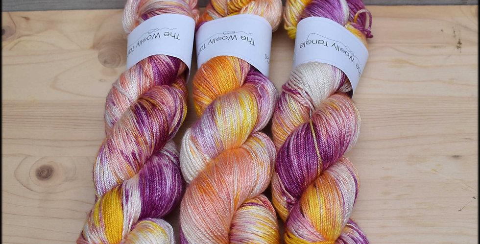 Summer border variegated - merino silk 4ply