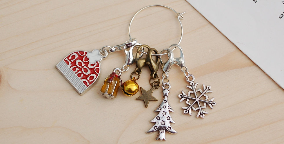 Removable crochet stitch markers - christmas