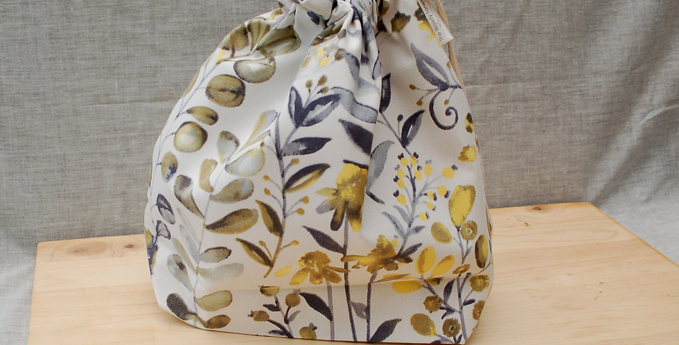Large drawstring project bag - meadow flowers