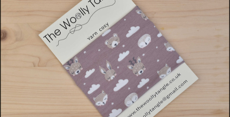 Yarn cosy - sleepy animals