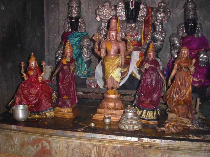 திவ்ய தேச திருத்தலம் நாதன் கோயில் (நந்திபுர விண்ணகரம்)