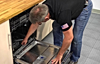 Dishwasher Maintenance - Wipe your dishwasher door seals