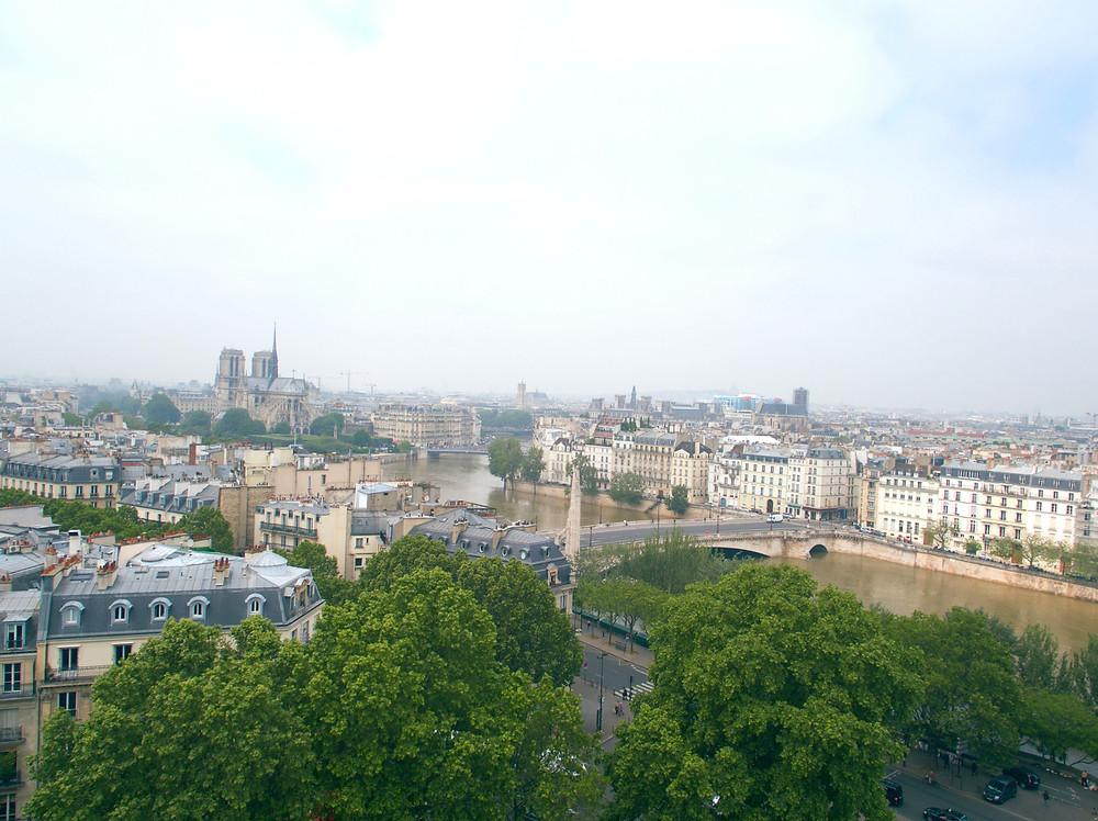 vue sur Paris depuis le fumoir