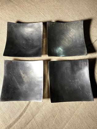 Pratinhos de metal para enfeitar