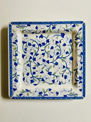 jogo de pratos de porcelana da Tiffany Boutique