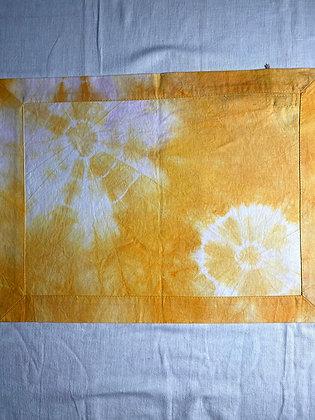 Toalha de bandeja shibori amarela