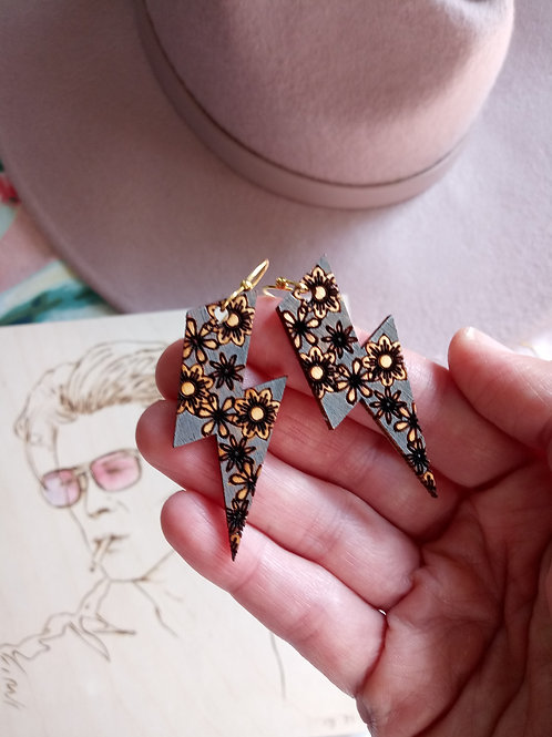 Wood Jewelry - 'Fame' Florals - Bowie Bolt Earrings
