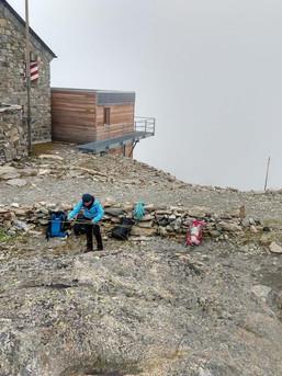 Trockenübung vor der Hütte