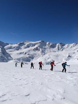 Eindrucksvolle Skirunde im Ortlergebiet