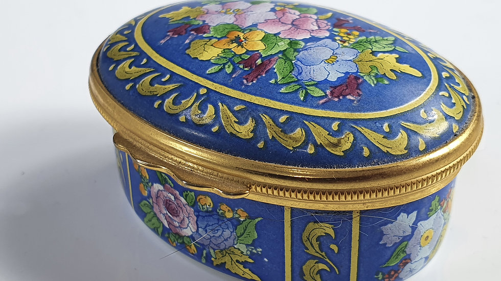 Halcyon Days Oval Enamel Patch Box