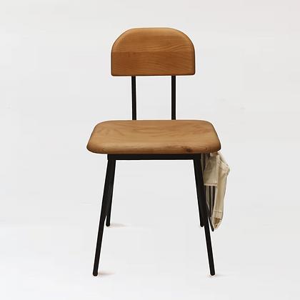 木下鉄也。白臘木椅 + 雜誌架。袋