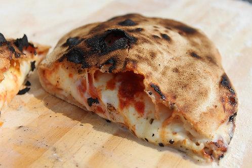 Pizza calzone capriccio