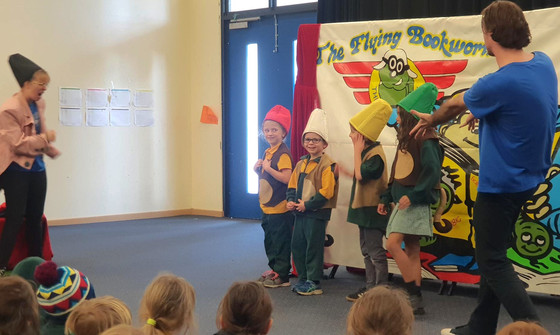 Year 1 Fly Into Term 3 with The Flying Bookworm Theatre!