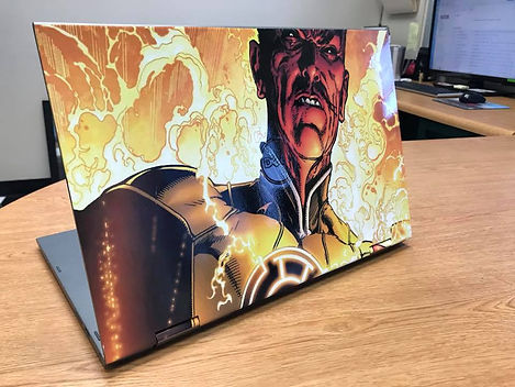 Sinestro Laptop