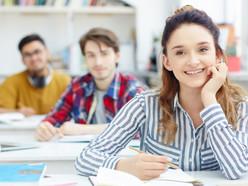 Estudantes devem se atentar às datas para renovação de matrícula