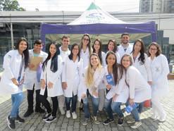 Suprema nas ruas: ação social aproxima estudante e comunidade