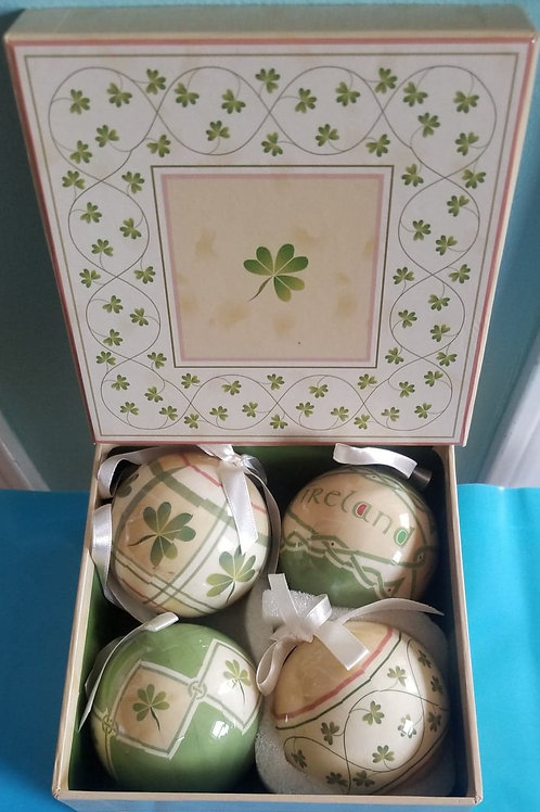 Gift Box with 4 Paper Mache Ornaments in Green Yellow and Beige Colors