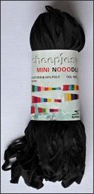 Scheepjes Mini Nooodle col 000 noir / black / schwarz